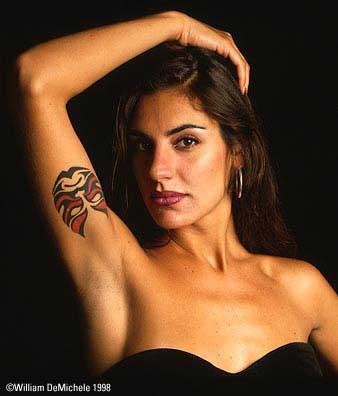 Фото лесбиянок в татуироках фото 304-415